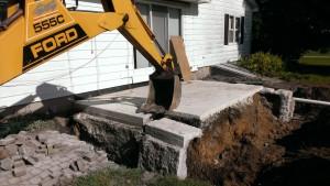 Demolition-concrete-foundation